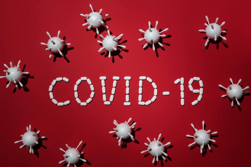 Tanden bleken tijdens coronavirus periode