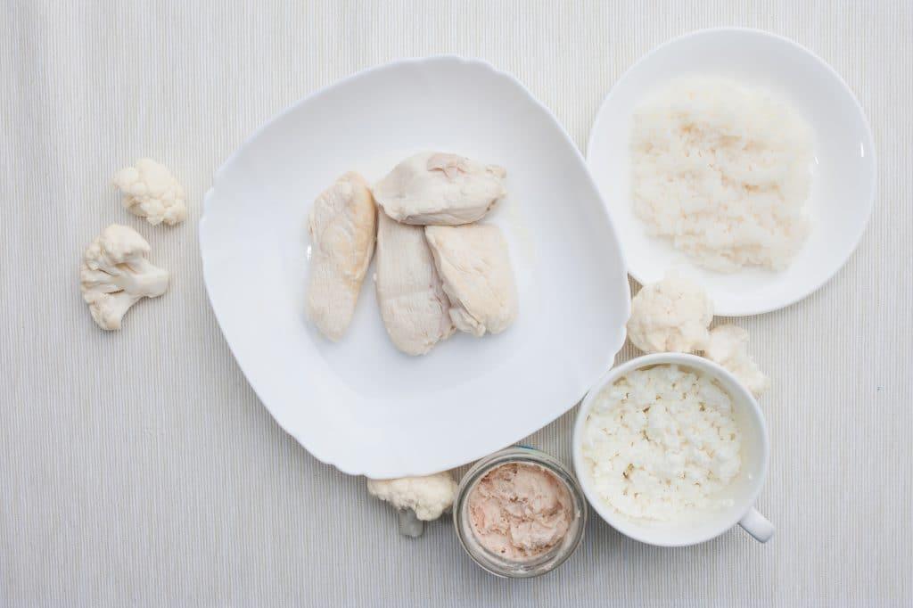 Het beste is om wit voedsel te eten na het tanden bleken